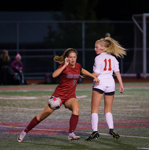 2019-10-01 Varsity Girls vs Snohomish 059.jpg