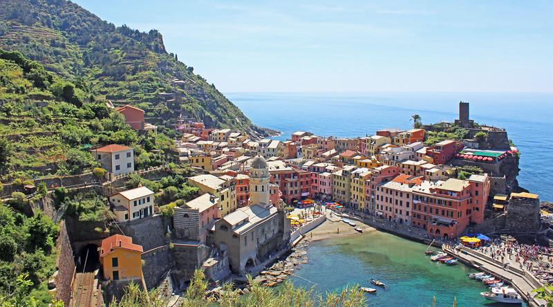 Italy-Cinque-Terre-Vernazza-04.JPG