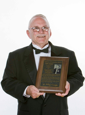 Jerry Wager the Lifetime Achievement Award for Officials by Juan Garcia