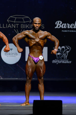 Novice Mens Bodybuilding Class 80kg