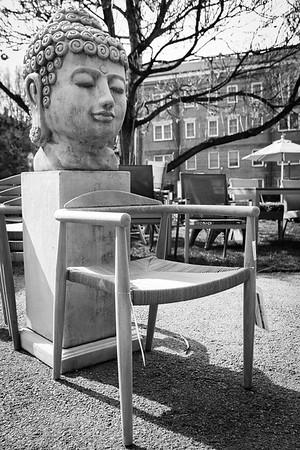 52Frames Chair