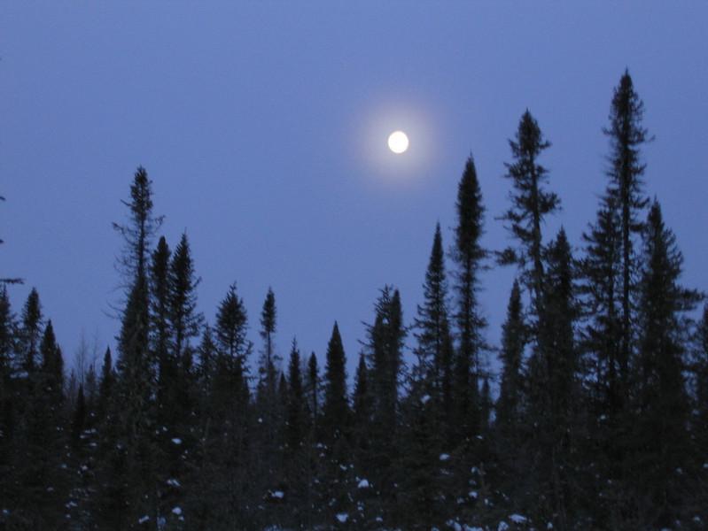 IMG_2728_sunrise_fort_hope_winter_road_resize.JPG