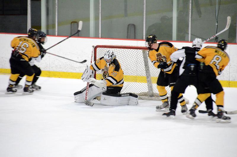 140913 Jr. Bruins vs. 495 Stars-240.JPG