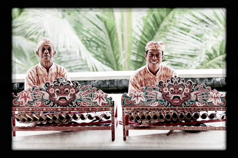 Bali musicians 2.jpg