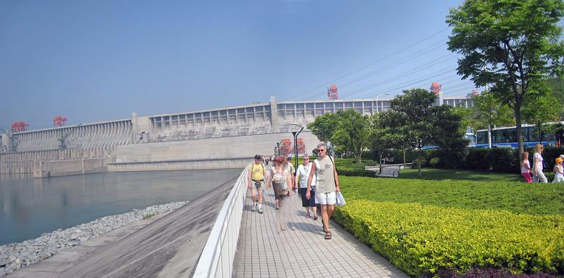 3 Gorges Dam BH 3.jpg