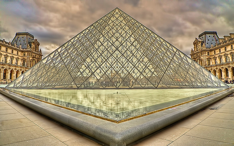 Louvre-1.jpg