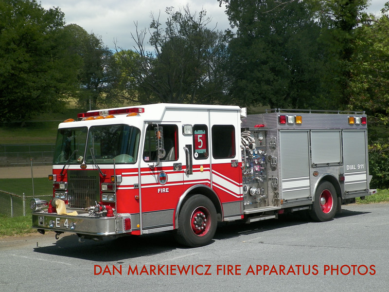 READING FIRE DEPT. RESERVE ENGINE  2000 SPARTAN/KME PUMPER