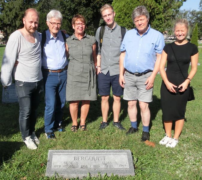 Olof August och Alma Bergquists grav