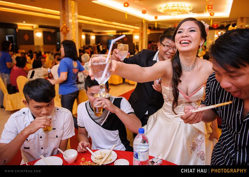 Chee Hou + Li Li - Actual Day Bride Dinner -_-135.jpg