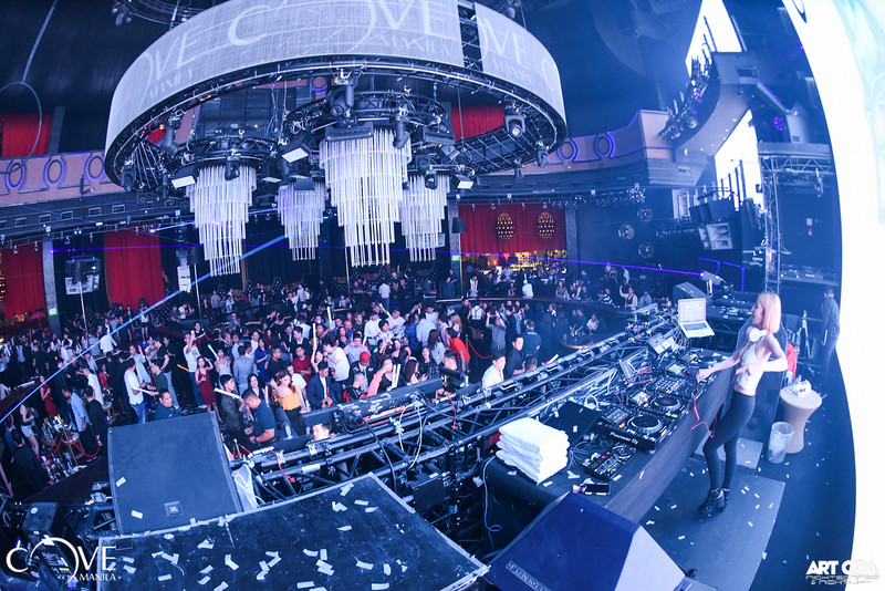 DJ Cyndi at Cove Manila (13).jpg