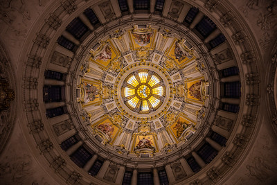 The beautiful ceiling inside the Berliner Dom.
