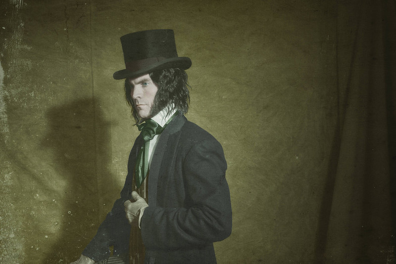""". Wes Bentley as Edward Mordrake in FX\'s \""""American Horror Story.\"""" (Photo by Michael Becker/FX)"""