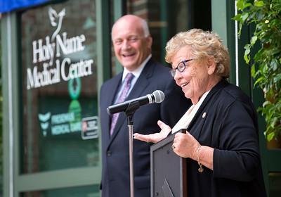 2017 HNMC Dialysis Center dedicated to Robert S. Rigolosi, MD