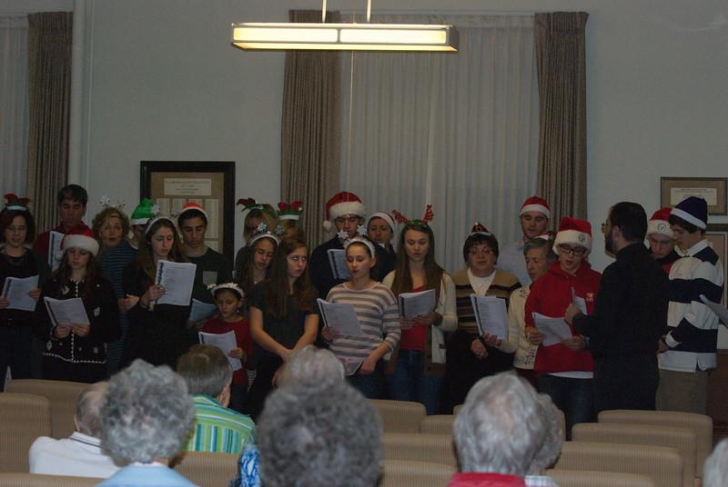 2014-12-10-Christmas-Caroling-at-Sisters-of-Divine-Providence_004.jpg
