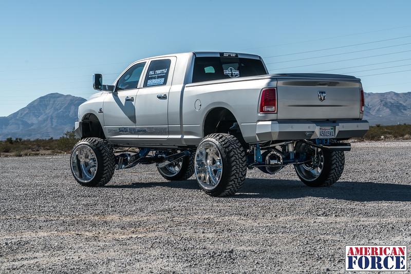 Ridin'-High-Silver-Dodge-Ram-161105-DSC02839-53.jpg