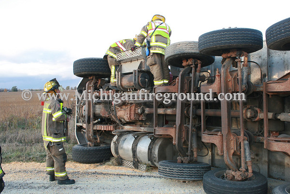 10/23/13 - Leslie grain truck rollover, 3400 block of Plains Rd