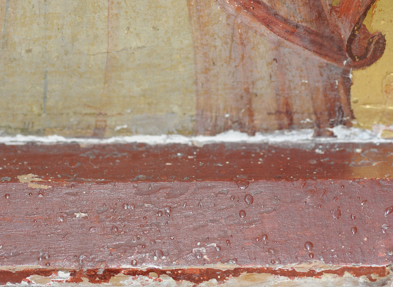 Vorzustand: Anna Altar, Predella, Vorderseite rechst unten, Malschichtverlust, Wachs, krepierte Oberfläche (oberer Bereich des Bildes) AAF_0980_27-10-2011