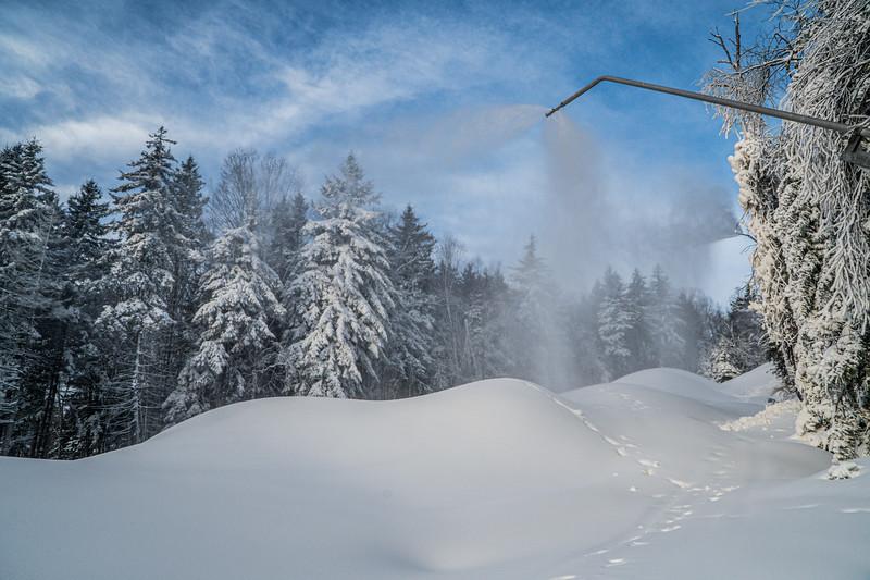Snowmaking 1920-04819.jpg