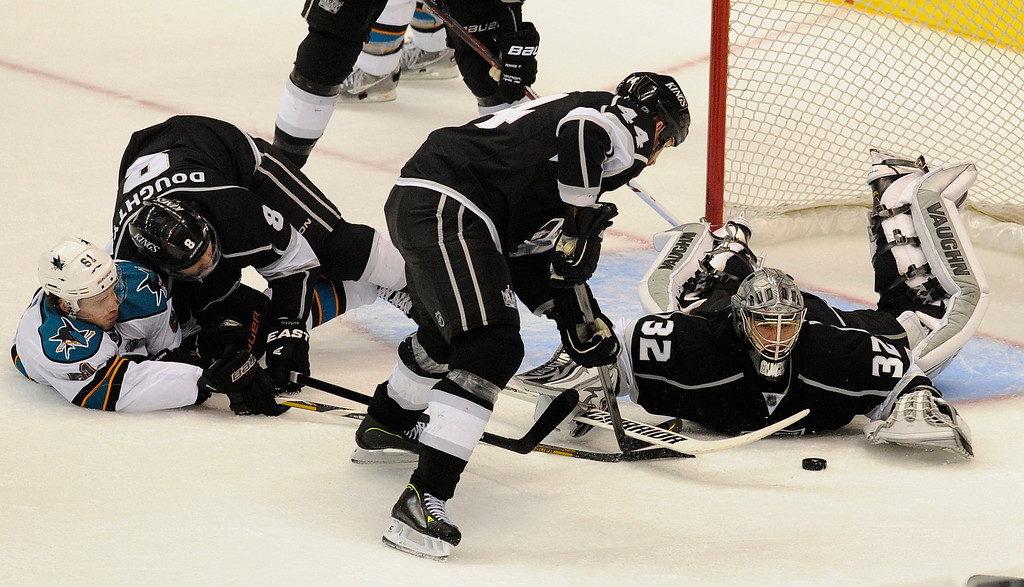 . Kings#32 Jonathan Quick stops a shot in the 3rd period. The Kings defeated the San Jose Sharks 2-0 in the first game of the Second Round of the Western Conference Playoffs. Los Angeles CA 5/14/2013(John McCoy/LA Daily News)