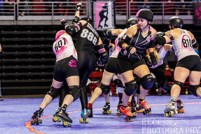WFTDA 2017 Championships - Game 3 - Arch Rival vs London ©Keith Bielat