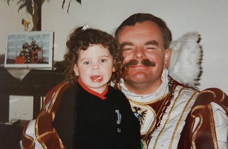 Prins Peter den Eerste met zijn nichtje Esther