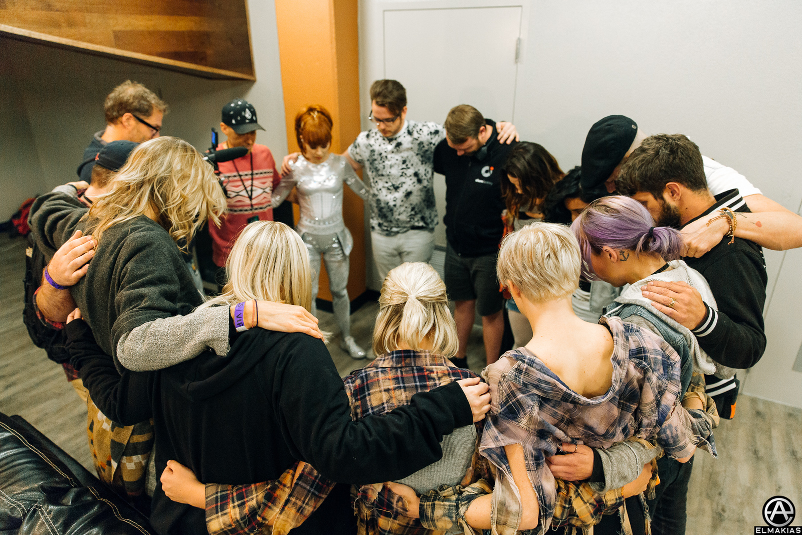 Preshow prayer with Lindsey Stirling