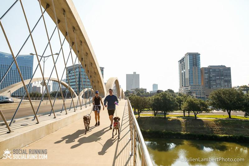 Fort Worth-Social Running_917-0587.jpg