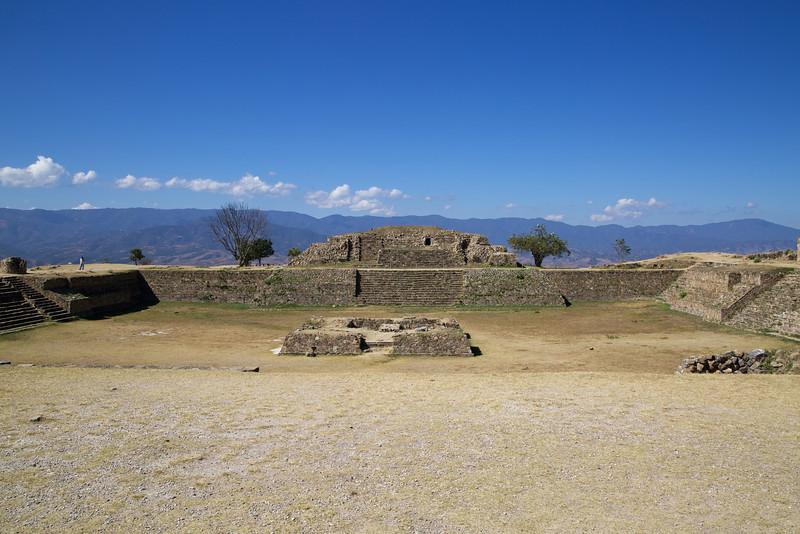 Roewe_Mexico 39.jpg