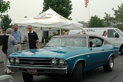 28th Street Car Show-2 8-26-2006