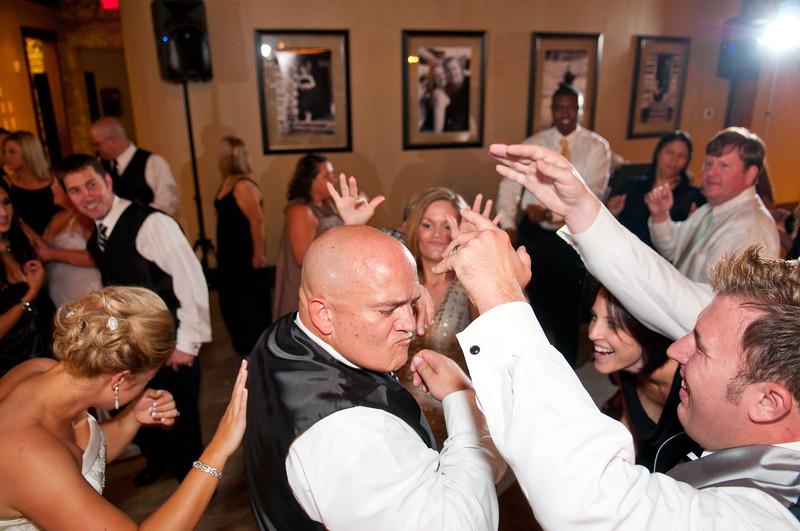 Jim and Robyn Wedding Day-499.jpg