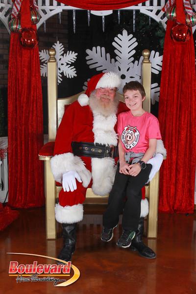 Santa 12-17-16-87.jpg