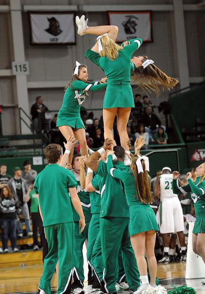 cheerleaders0937.jpg