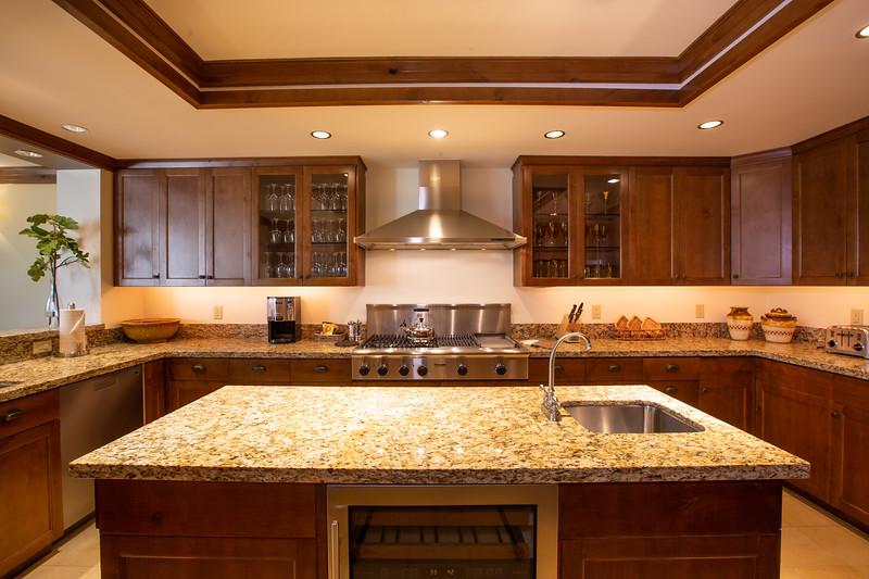 Four Seasons Residences, Jackson Hole Kitchen Re