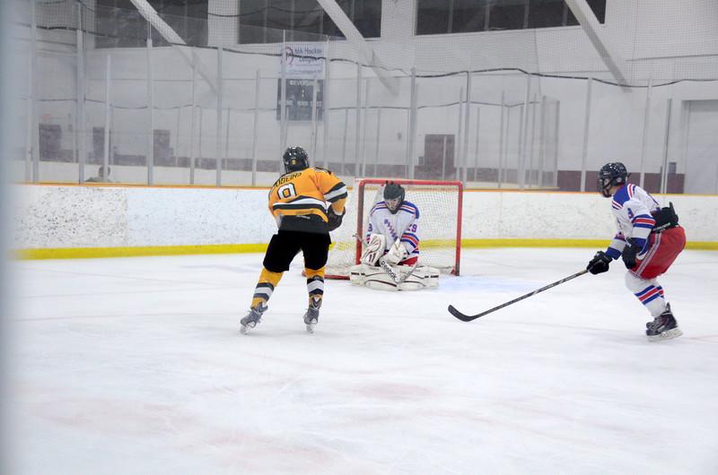 141018 Jr. Bruins vs. Boch Blazers-038.JPG