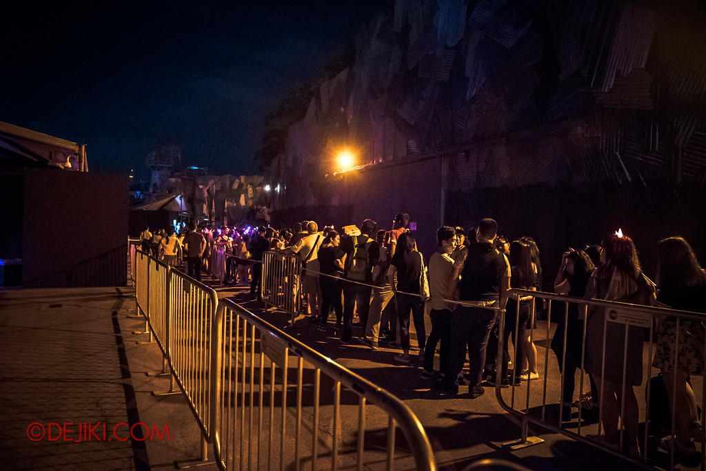 Halloween Horror Nights 7 Survival Guide - TERROR-Cotta filled up