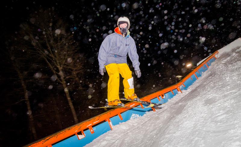 Nighttime-Rail-Jam_Snow-Trails-178.jpg