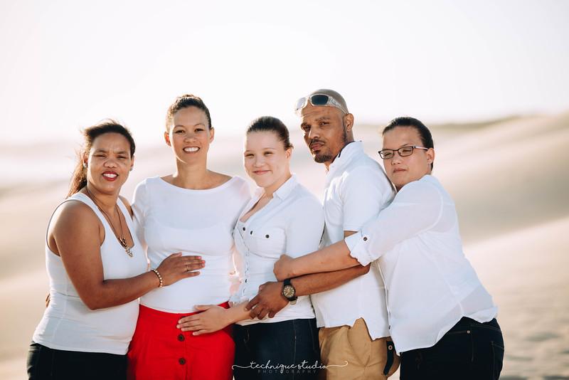 FAMILY -24.JPG