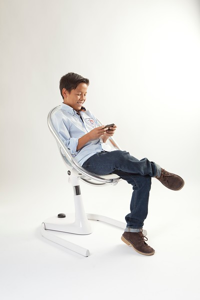 Mima_Moon_Junior_Chair_Product_Shot_Boy_Playing.jpg