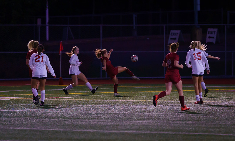 2019-10-01 Varsity Girls vs Snohomish 044.jpg