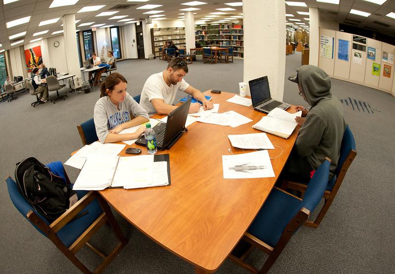 11.08.2011.campus_scenes_0098620.jpg