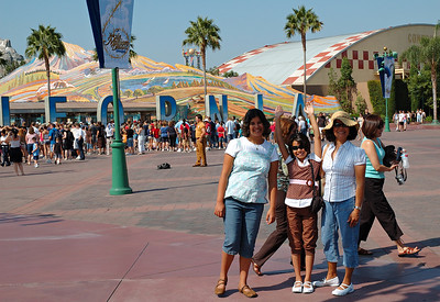 Disneyland and Sea World - Summer 2007