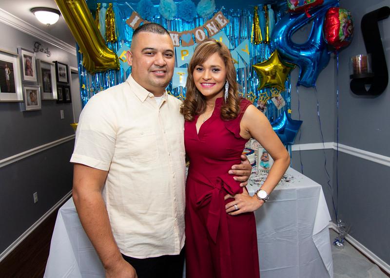 2020 10 Jose and Susanah Family _MG_058515.jpg