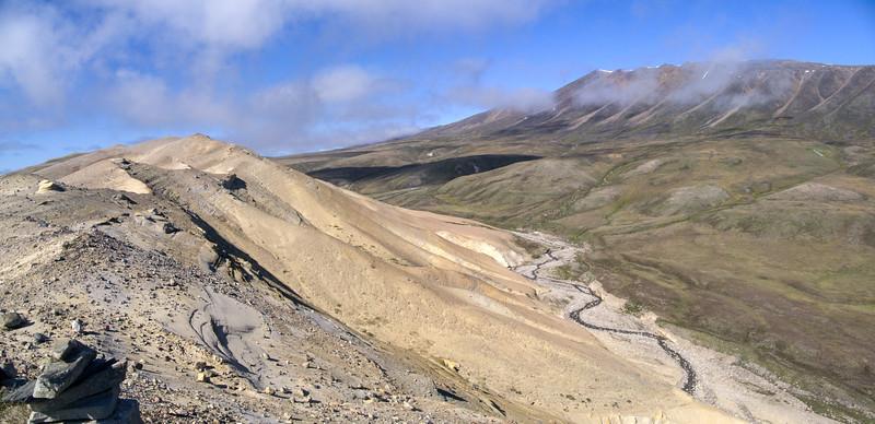 Bylot Sandstone fault valley