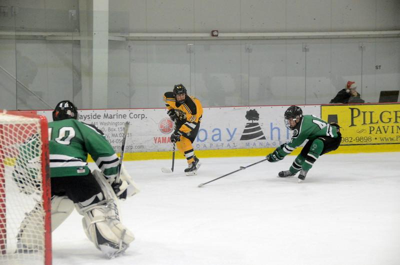 141214 Jr. Bruins vs. Bay State Breakers-035.JPG