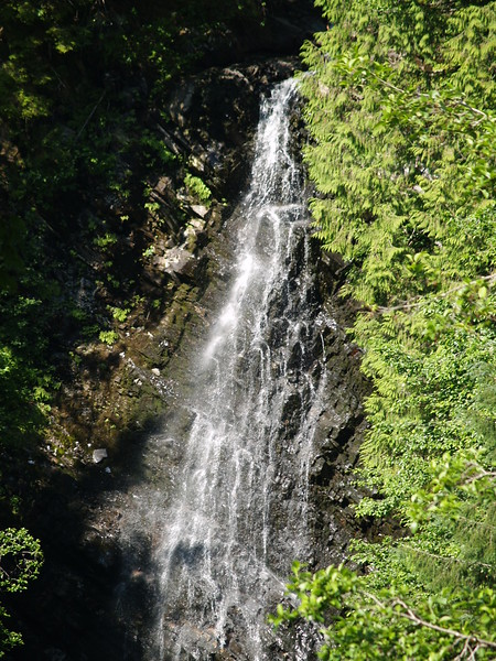 Rainbow Falls - a difficult hike up a wooden boardwalk but worth the 2-hour workout (2009).