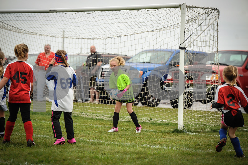 9-08-18 Eva Nygaard's u-8 soccer game vs LB-27.jpg