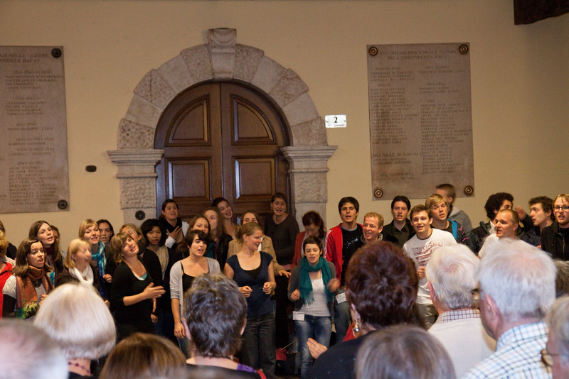 """Singing almost everywhere. Here """"Vocale Chor Basel"""""""