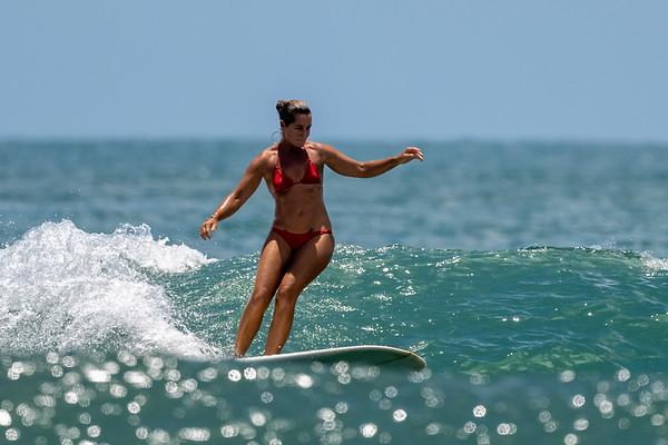 Koral - Surfing