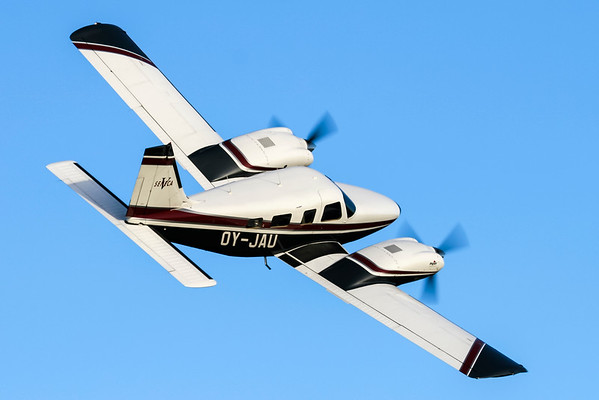 OY-JAU - Piper PA-34-220T Seneca V