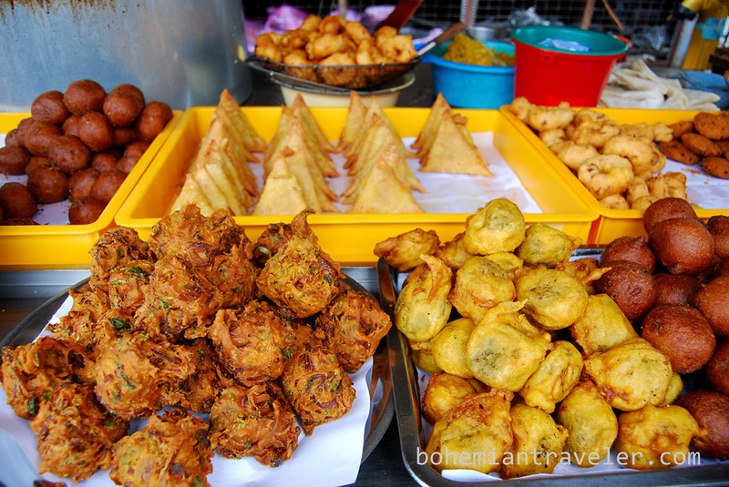 fried Indian snacks in Penang.jpg